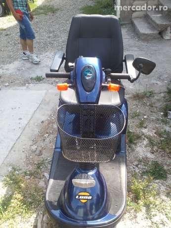 3828418_6_1000x700_scuter-triciclu-electric-pentru-persoane-cu-handicap-locomotor-.jpg