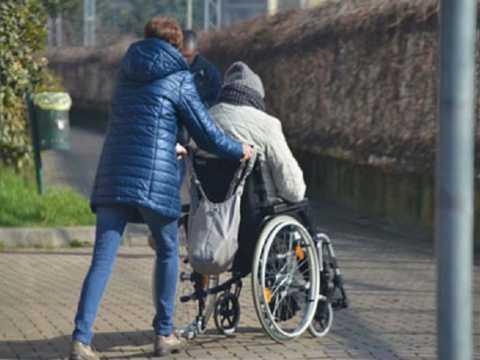740349-1531298360-turcan-zeci-de-aziluri-vor-fi-inchise-si-persoanele-cu-dizabilitati-vor-ramane-fara-sprijin.jpg