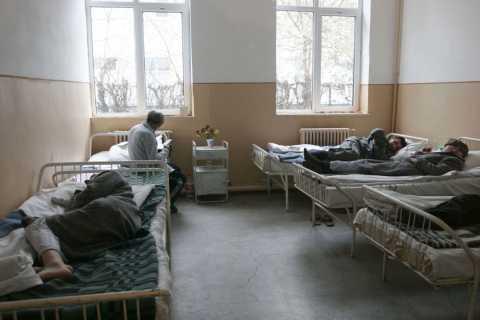 bolnav-spital-medic.d0mbslyikh.jpg